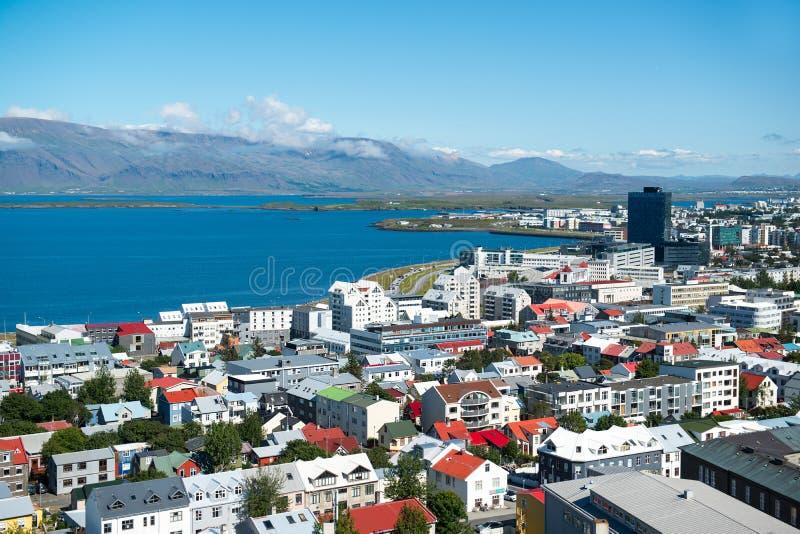雷克雅未克市,从Hallgrimskirkja教会,冰岛的顶端看法 免版税库存图片
