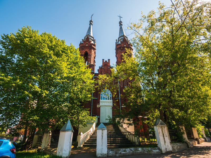 雷宾斯克,俄罗斯-大约2018年8月:耶稣的耶稣圣心的天主教在雷宾斯克 库存照片