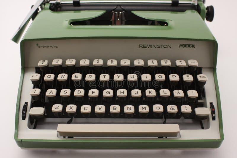 雷明顿2000年打字机sperry田埂正面图 图库摄影