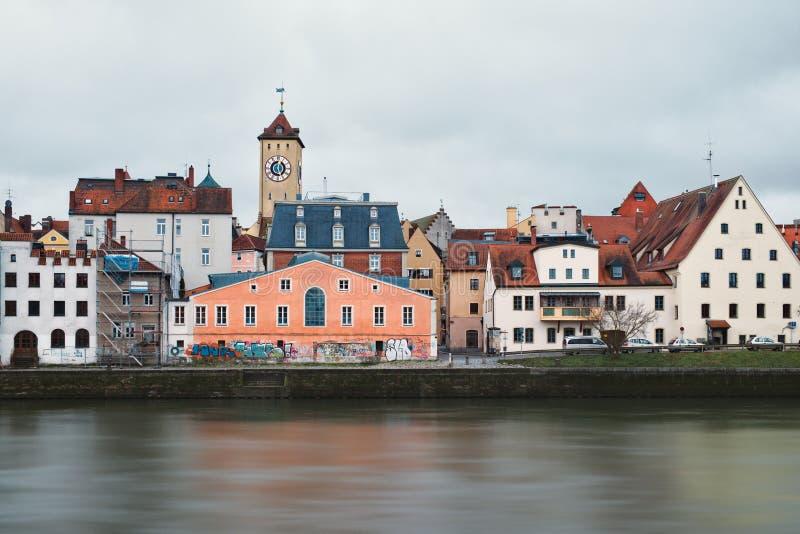 雷根斯堡市奥尔德敦中世纪建筑学  免版税库存照片
