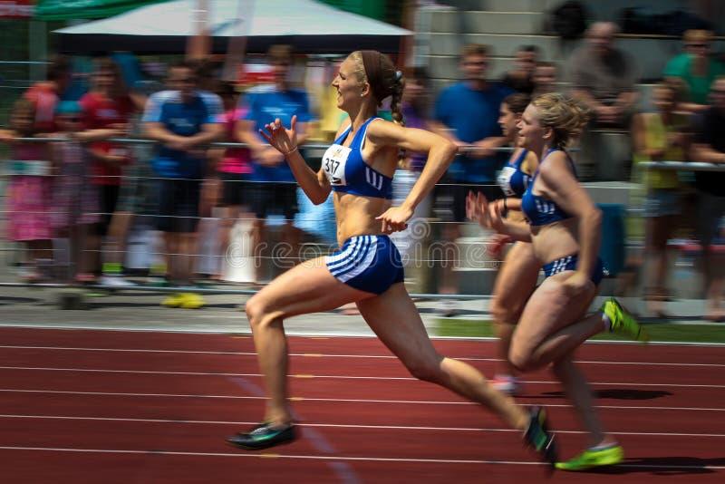 雷根斯堡,德国- 2018年6月16日:巴法力亚竞技冠军,100米种族 图库摄影