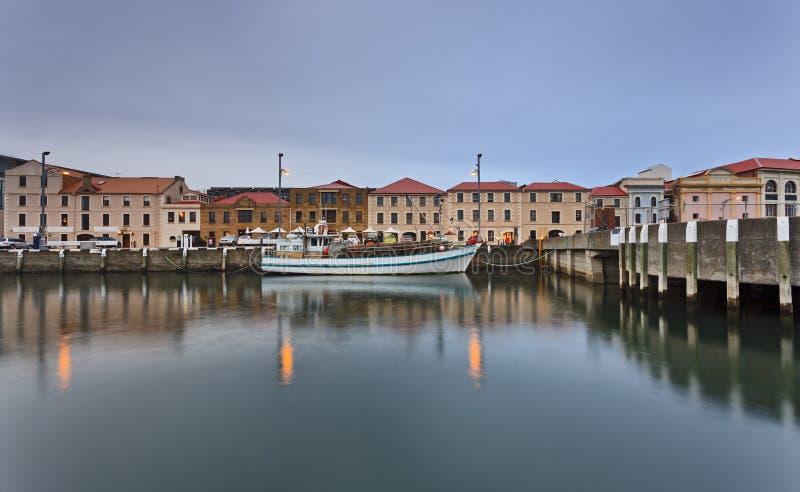 霍巴特小游艇船坞安置雨 免版税库存图片