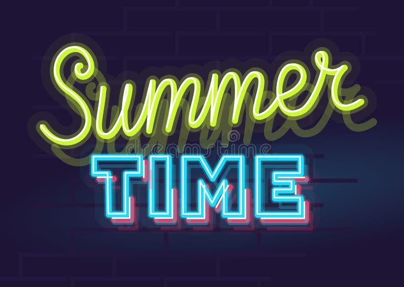霓虹夏天象和在砖墙背景隔绝的字体集合 对商标,海报,横幅 库存图片