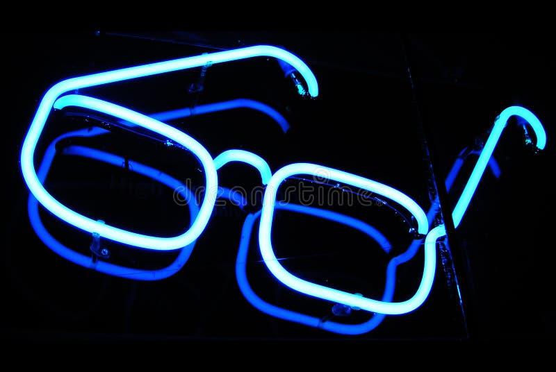 霓虹晚上验光师符号 库存图片