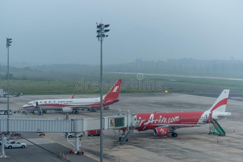 阴霾在krabi机场 免版税库存照片