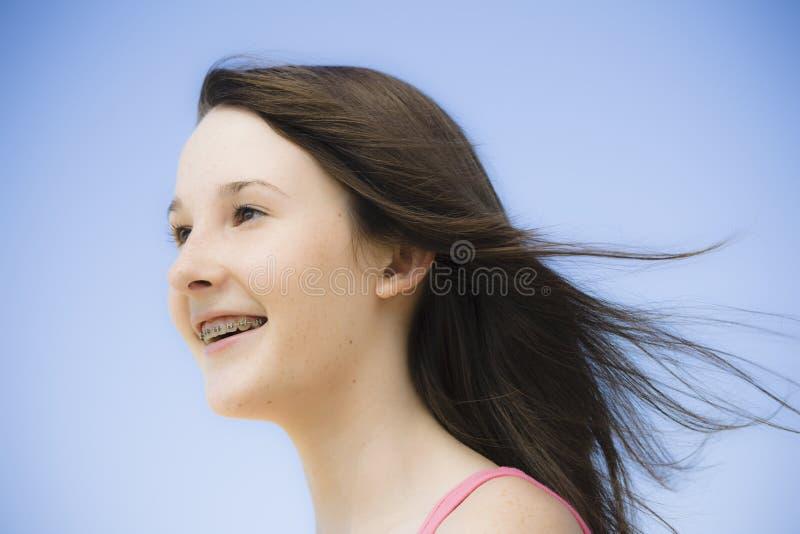 青少年女孩的纵向 图库摄影