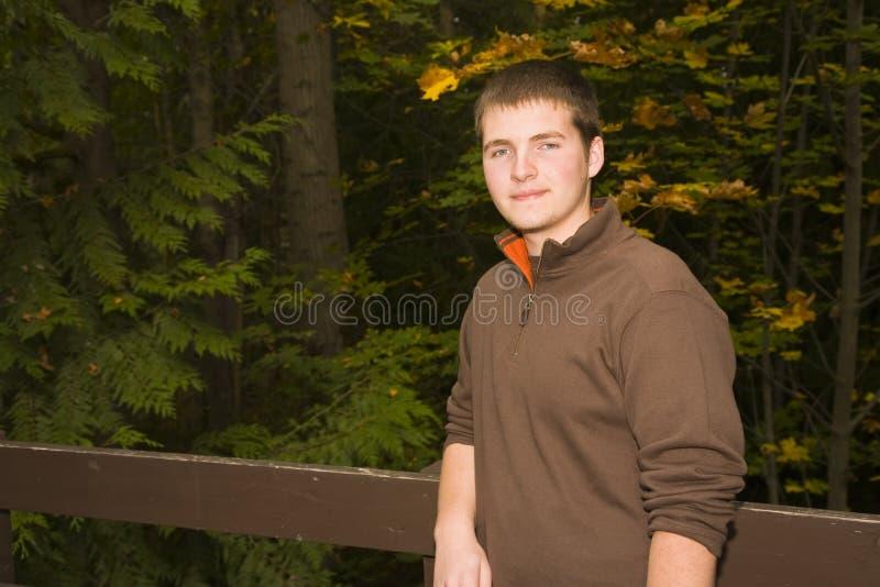 青少年男性的纵向 免版税库存图片