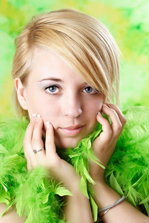青少年白肤金发的女孩 免版税图库摄影