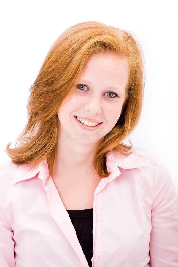 青少年美丽的有雀斑的女孩 免版税库存照片