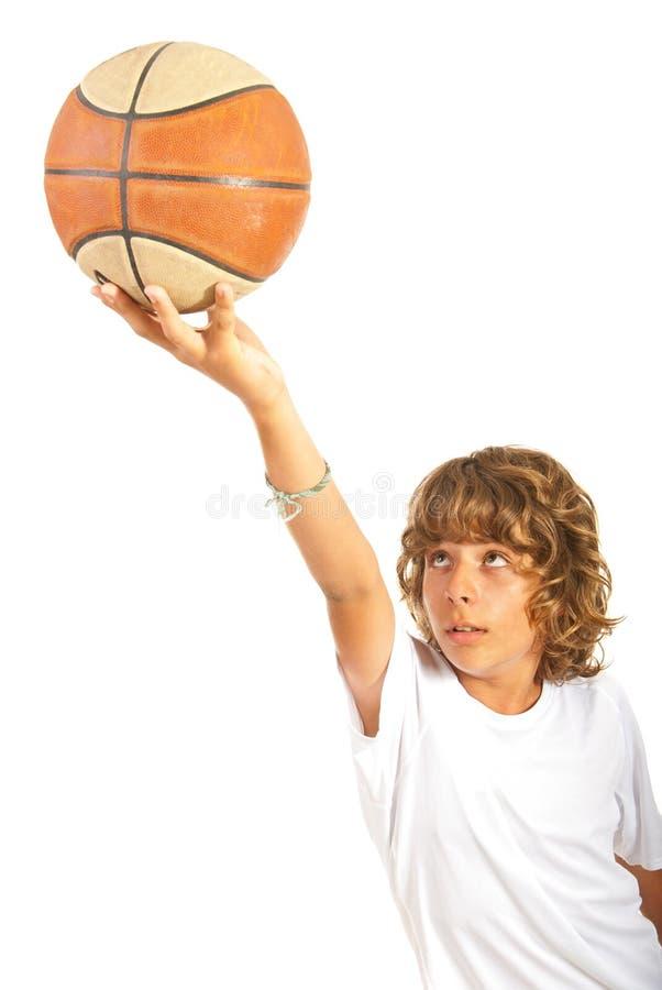 青少年的阻止篮球 免版税库存图片