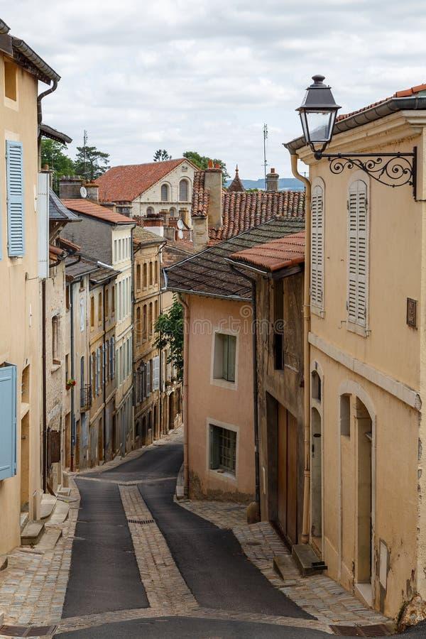 静街在Cluny镇,法国的历史的中心 库存照片