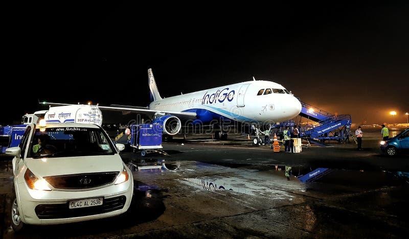 靛青航空的空客A320 图库摄影
