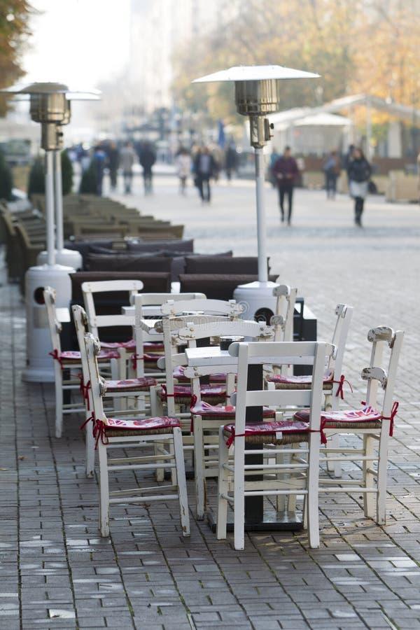 Download 索非亚保加利亚街咖啡馆 库存照片. 图片 包括有 素瓷, 欧洲, 小径, 街道, 建造者, 户外, 咖啡馆 - 62533836