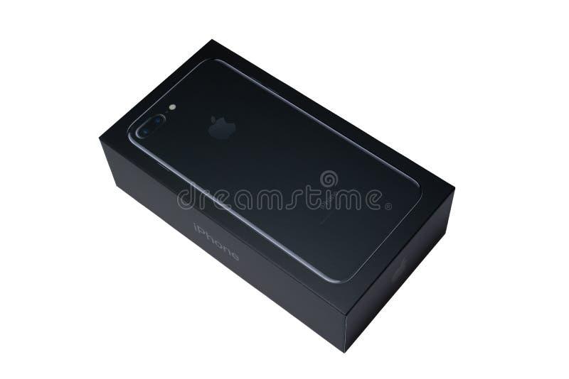 索非亚,保加利亚- 2016年10月7日:新iPhone 7正乌黑箱子,隔绝在白色,说明社论 图库摄影