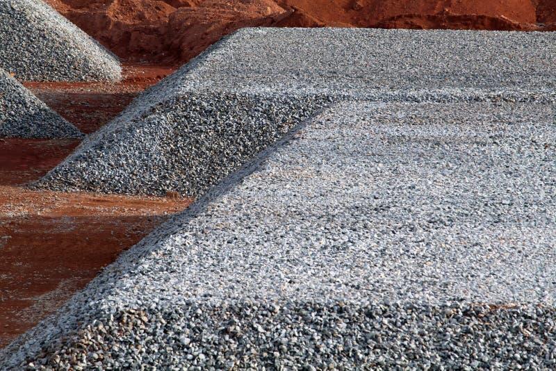 非常在一个地方的大沙粒在钢铁厂 库存照片