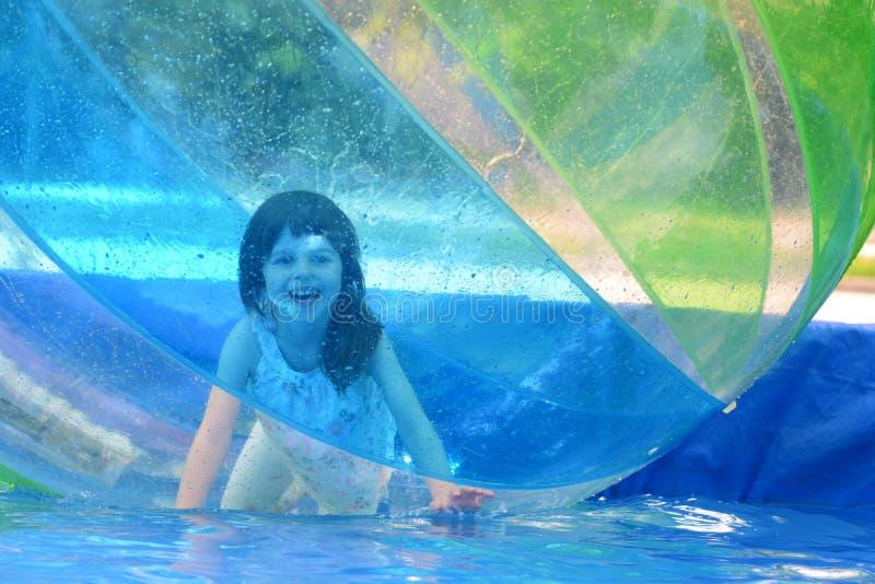 非常在水球的乐趣 库存图片