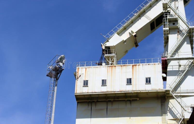 非常大造船厂起重机,结构的细节细节 免版税库存图片