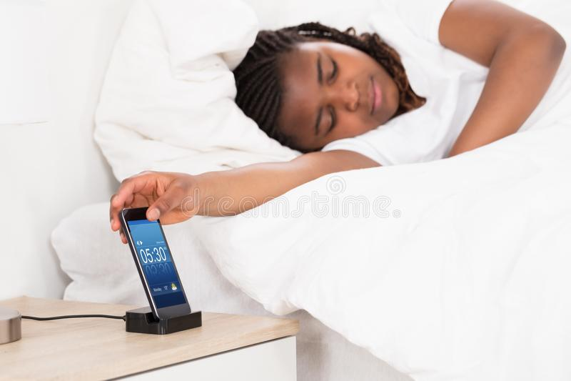 非洲女孩睡觉 免版税库存图片