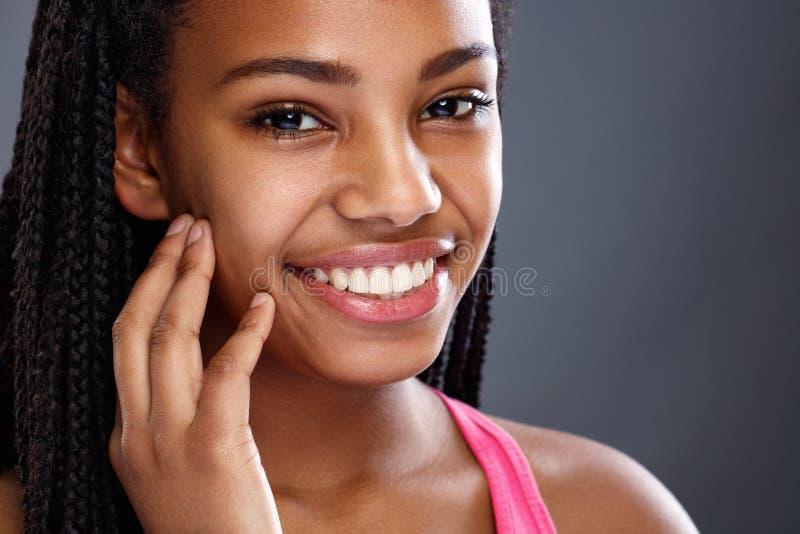 非洲妇女的脸蛋漂亮 库存图片