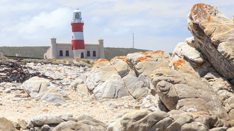 非洲agulhas南海角的灯塔 免版税库存照片