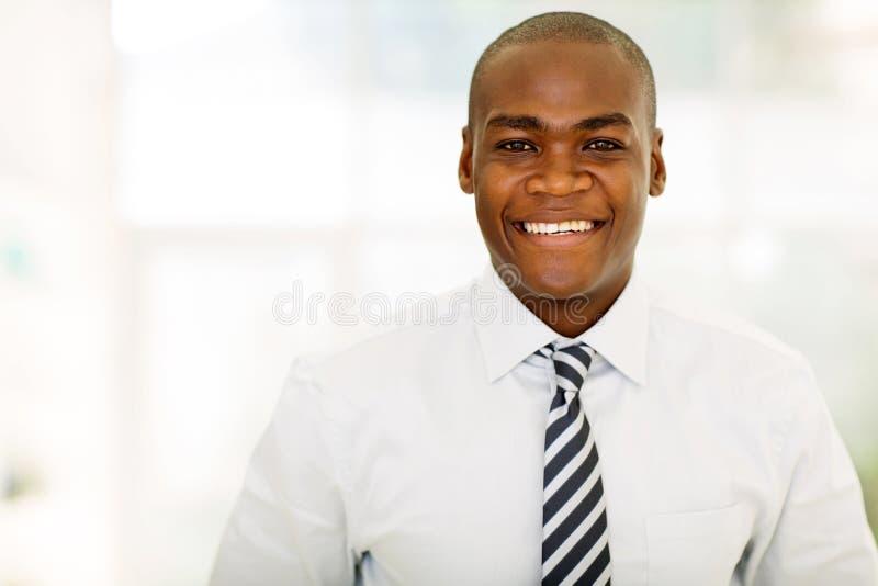 Download 非裔美国人的企业家办公室 库存图片. 图片 包括有 商业, 衣领, 轻松, 生意人, 企业家, 快乐, 办公室 - 59103623