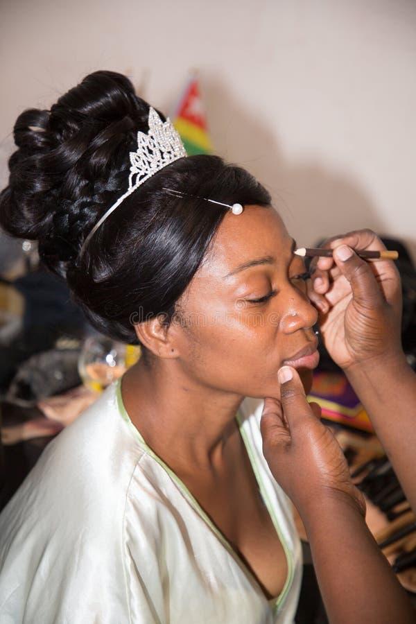 非裔美国人的新娘画象做着组成婚姻庆祝 库存图片