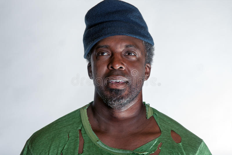 Download 非裔美国人的无家可归的人 库存照片. 图片 包括有 灰色, beaufort, 绝望, 悲伤, 汉堡牛排 - 30329606