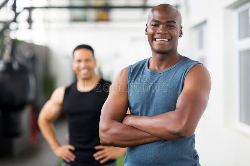 非洲健身房教练员 免版税库存图片