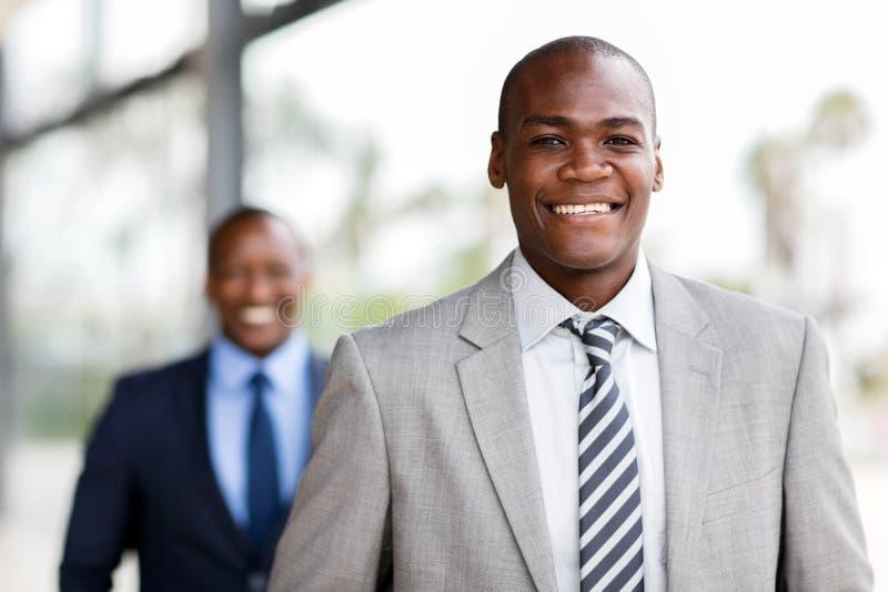 年轻非洲商人画象 免版税库存照片