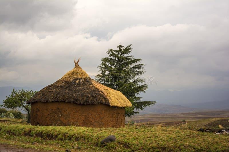 非洲圆的小屋,莱索托 免版税图库摄影