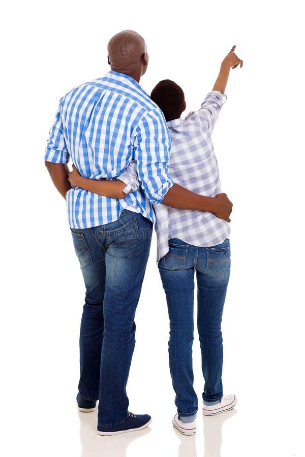 非洲夫妇指向 免版税库存照片