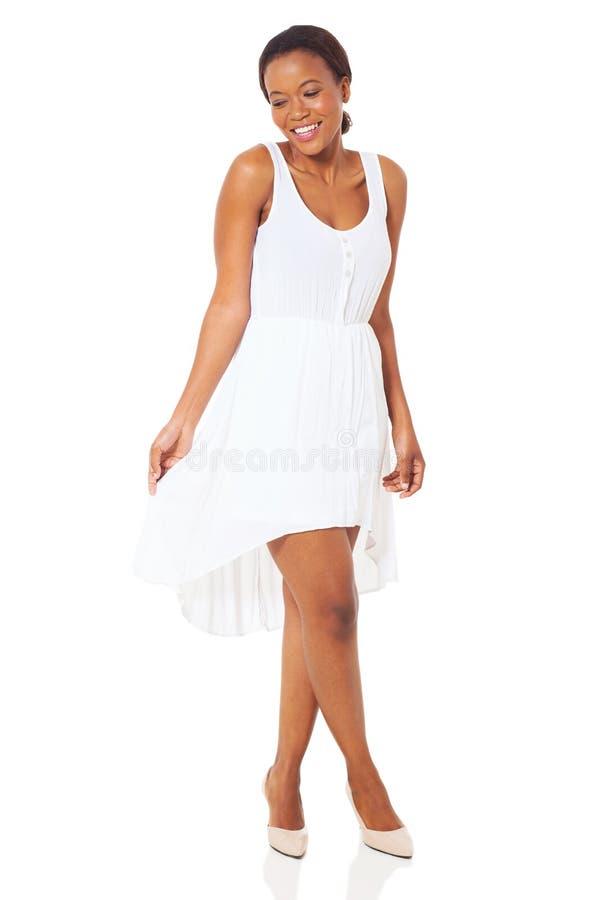 非洲妇女白色礼服 图库摄影