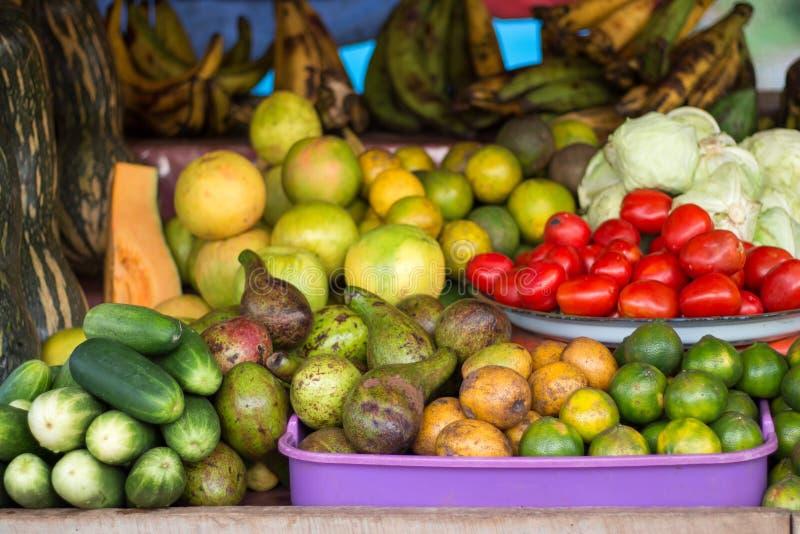 非洲水果和蔬菜立场 免版税库存图片