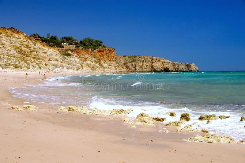 靠岸与波尔图de Mos, Algarve葡萄牙 免版税库存图片