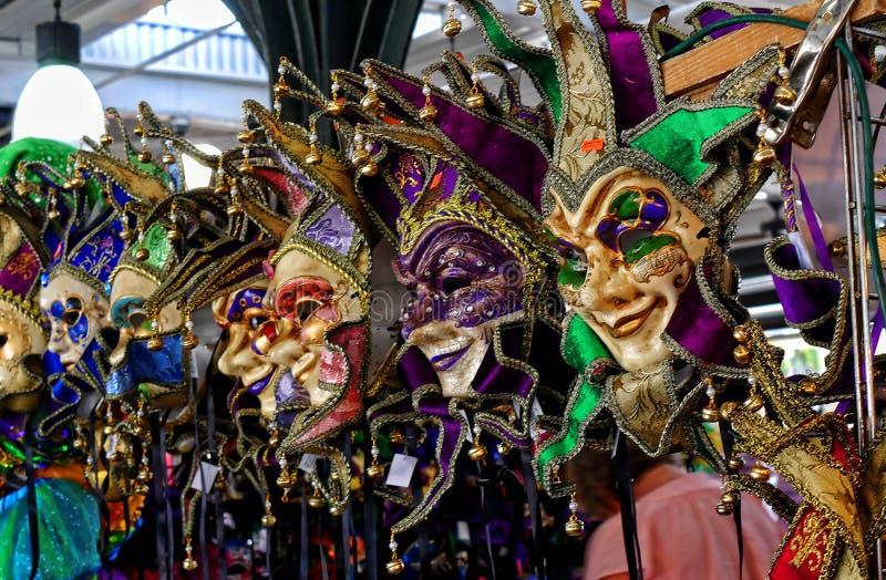 面具在法国市场上在新奥尔良密西西比河的路易斯安那市,在墨西哥湾附近 库存照片