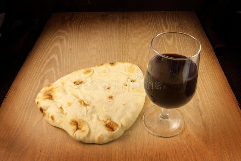 面包和酒 免版税图库摄影