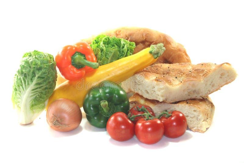 面包地中海pita蔬菜 图库摄影