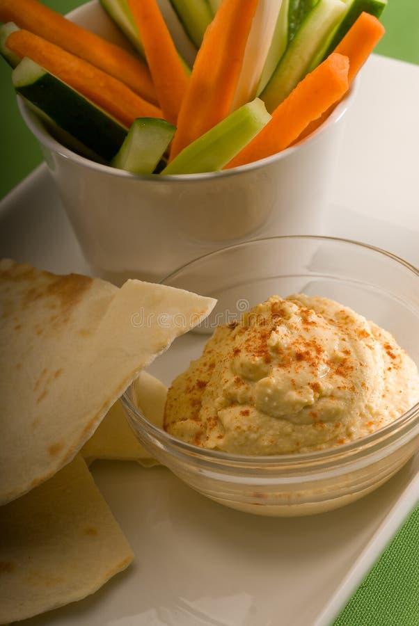 面包垂度hummus pita蔬菜 免版税图库摄影