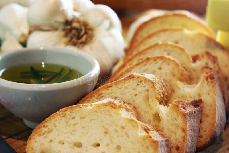 面包大蒜横向油迷迭香 免版税库存照片