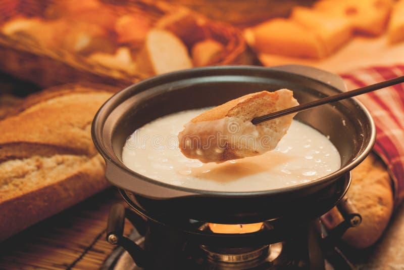 面包干酪溶化奶油熔化部分 免版税库存图片