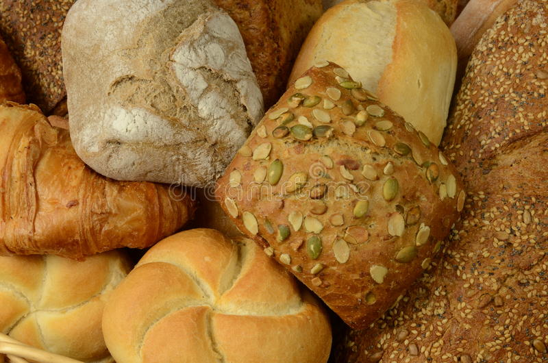 面包店产品:卷和面包。 库存图片