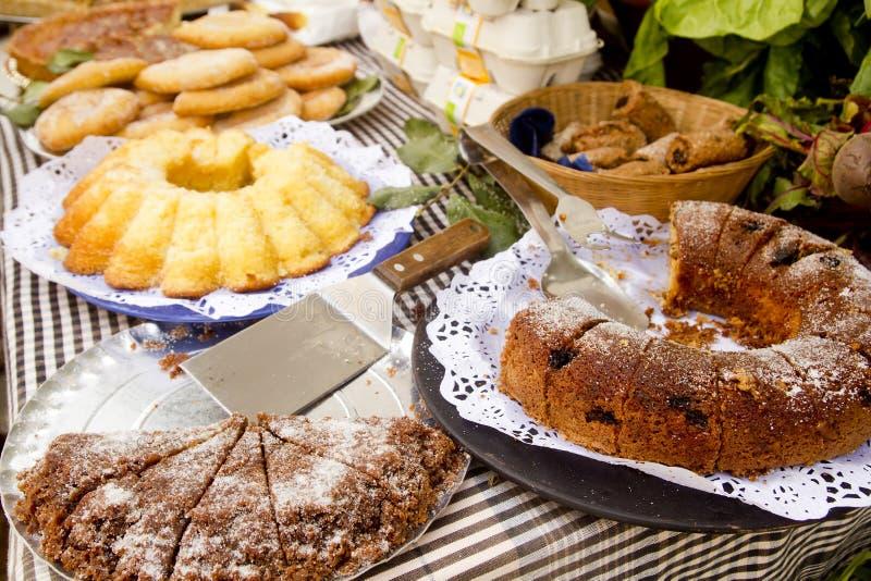 面包店拜雷阿尔斯蛋糕地中海酥皮点&# 库存照片