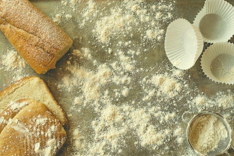 面包店概念 面包和酥皮点心材料 免版税库存照片