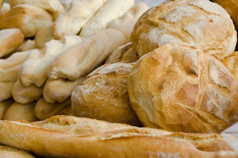 面包有壳的新白色 图库摄影