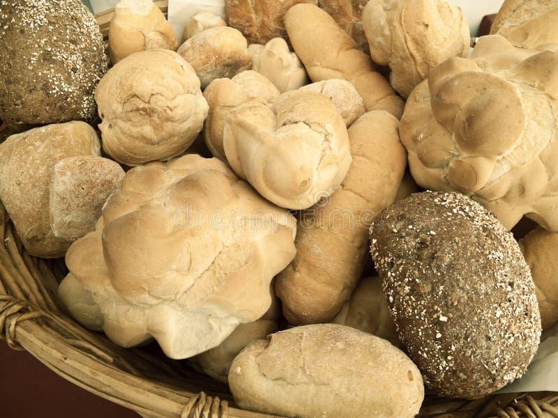 Download 面包白色 库存照片. 图片 包括有 食物, 工艺品, 意大利语, 烹调, 棚车, 技巧, 营养, 噬菌体 - 22357806
