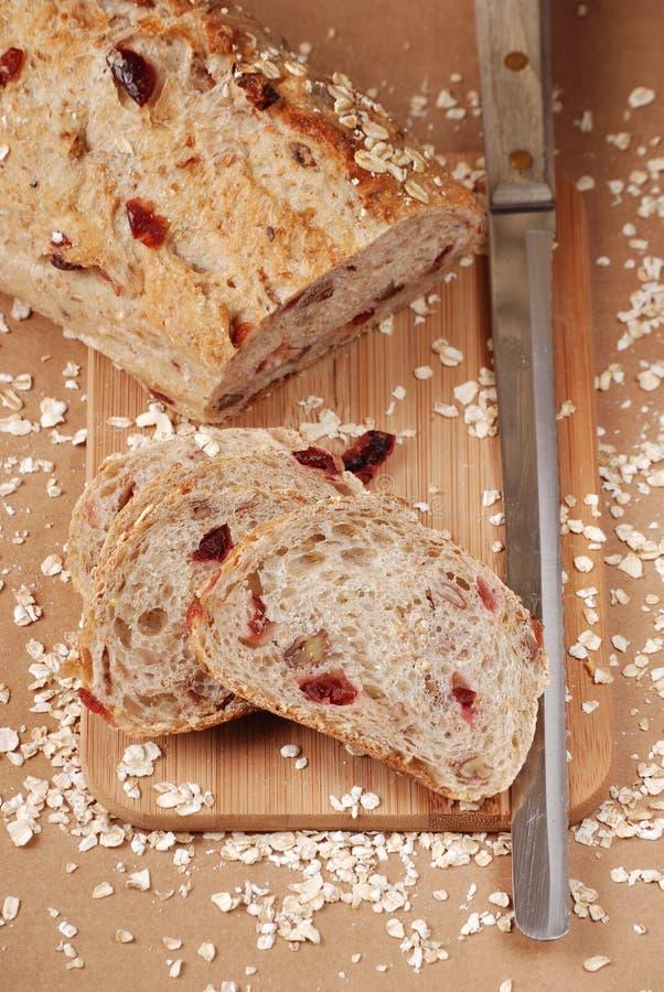 面包蔓越桔燕麦胡桃 库存照片