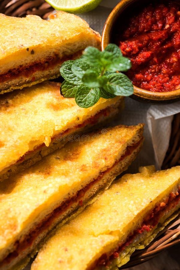 面包Pakora或面包Pakoda或bhaji 库存图片