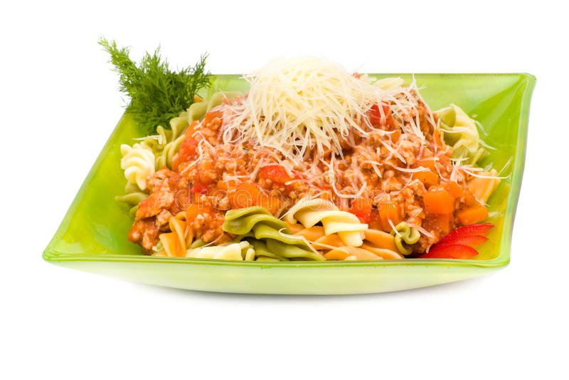 面团用肉、西红柿酱和菜 免版税库存照片