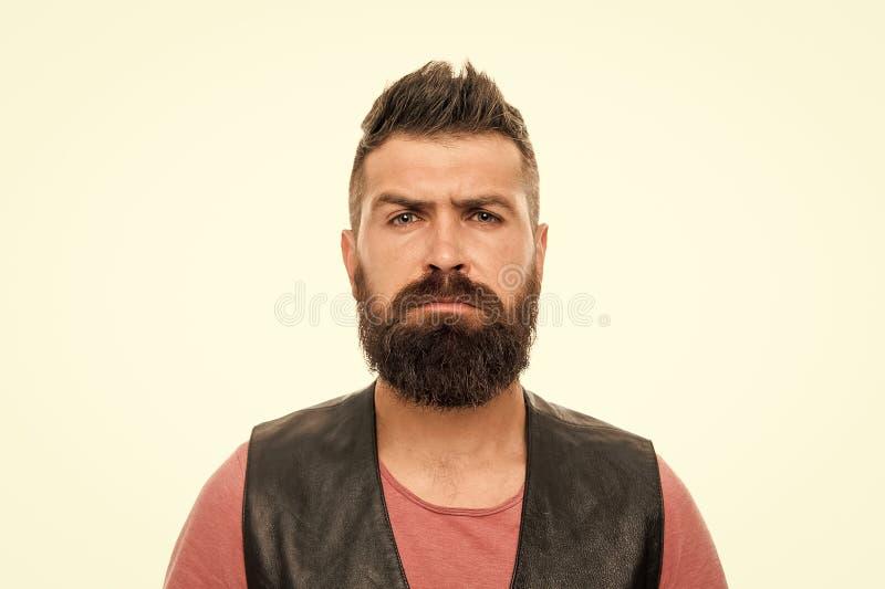面毛治疗 阳刚之气残酷和秀丽 有胡子残酷人的行家 t 理发店 库存照片