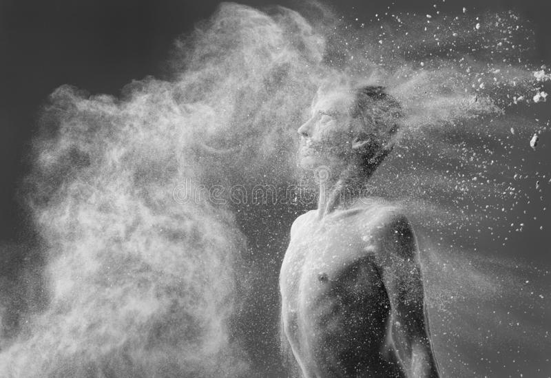 面粉黑白照片跳芭蕾舞者画象  免版税库存图片